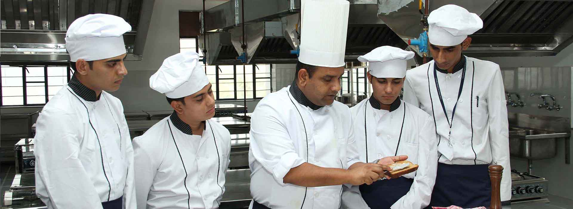 hotel-management-colleges-in-mumbai